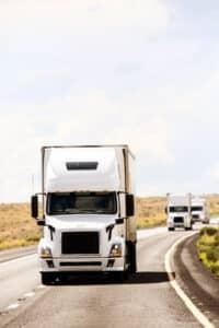 Abstand: Für Lkw geltend einfache aber strengere Regeln.