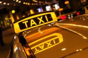 Bei zuviel Alkohol lieber auf das Taxi umsteigen.