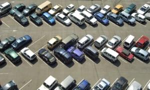 Es gibt zahlreiche Regeln zum Halten und Parken.
