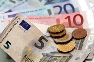 In manchen Fällen kann ein Fahrverbot in eine Geldstrafe umgewandelt werden.