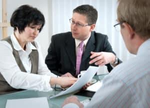Ein guter Anwalt für Verkehrsrecht hat oft ein hohes Gehalt.