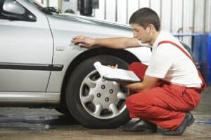 n Deutschland ist vorgegeben, welche Mindestprofiltiefe Reifen aufweisen müssen.
