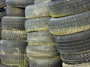 Alle Reifen müssen regelmäßig begutachtet werden.