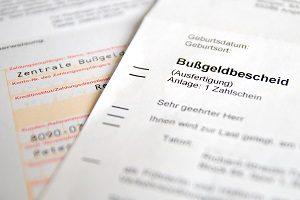 Beim Bußgeldbescheid wird die Dauer der Zustellung von verschiedenen Faktoren beeinflusst.