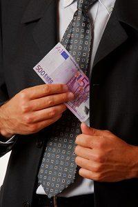 Welche Kosten trägt nach einem Totalschaden die Versicherung?