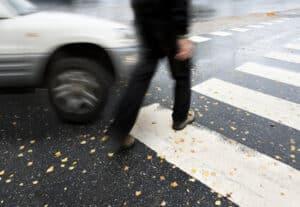 Eine zu hohe Geschwindigkeit kann Unfälle provozieren. Der ESO µP 80 soll dem vorbeugen.