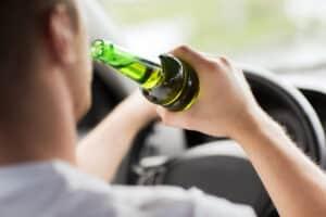 Fahrverbot: Ein Härtefall liegt nicht vor, wenn Sie mit Alkohol am Steuer erwischt wurden.