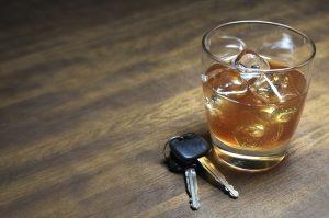 Alkohol am Steuer ist der häufigste Grund für die Anordnung einer MPU.
