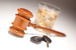 Anders als beim Fahrverbot kann nach einem Führerscheinentzug eine MPU angeordnet werden.