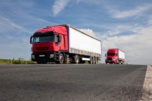 Ein Fahrverbot  gilt in Österreich für LKW an Wochenenden  und Feiertagen.
