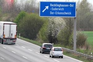 Wollen Sie Einspruch gegen die Abstandsmessung auf der Autobahn einlegen, sind Beweise hilfreich.