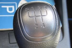 Wann dürfen Sie mit Ihrer Fahrerlaubnis nur Automatikwagen fahren?