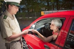 Führerscheinentzug wegen Geschwindigkeitsübertretung steht nicht im Bußgeldkatalog.