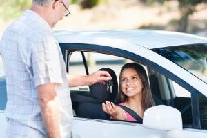 Um das Fahrtenbuch ordnungsgemäß zu führen, sollten Sie vor der Fahrt damit beginnen.