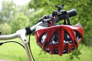 Helmpflicht beim Fahrrad: Ja oder nein? Die Entscheidung bleibt aktuell jedem Radler selbst überlassen.
