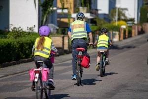 Welche speziell fürs Fahrrad geltenden Vorschriften es gibt, wird bereits Kindern gelehrt.