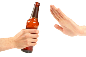 Ein betrunkener Beifahrer darf keine Begleitperson beim Führerschein mit 17 sein.