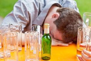 Greifen Sie als betrunkener Beifahrer nicht aktiv ins Fahrgeschehen ein, droht Ihnen auch keine Strafe.